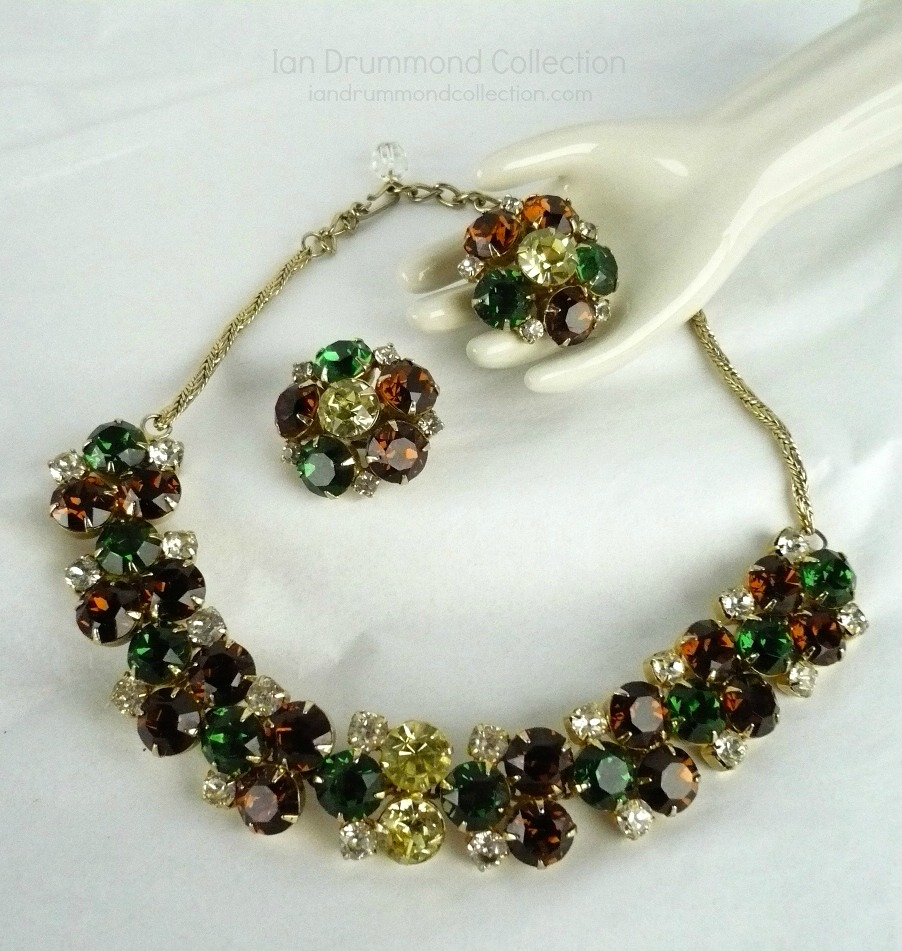 Ian Drummond Collection IDC Vintage Toronto Movie TV Wardrobe Rental jewellery 2 pc set Hobe 4
