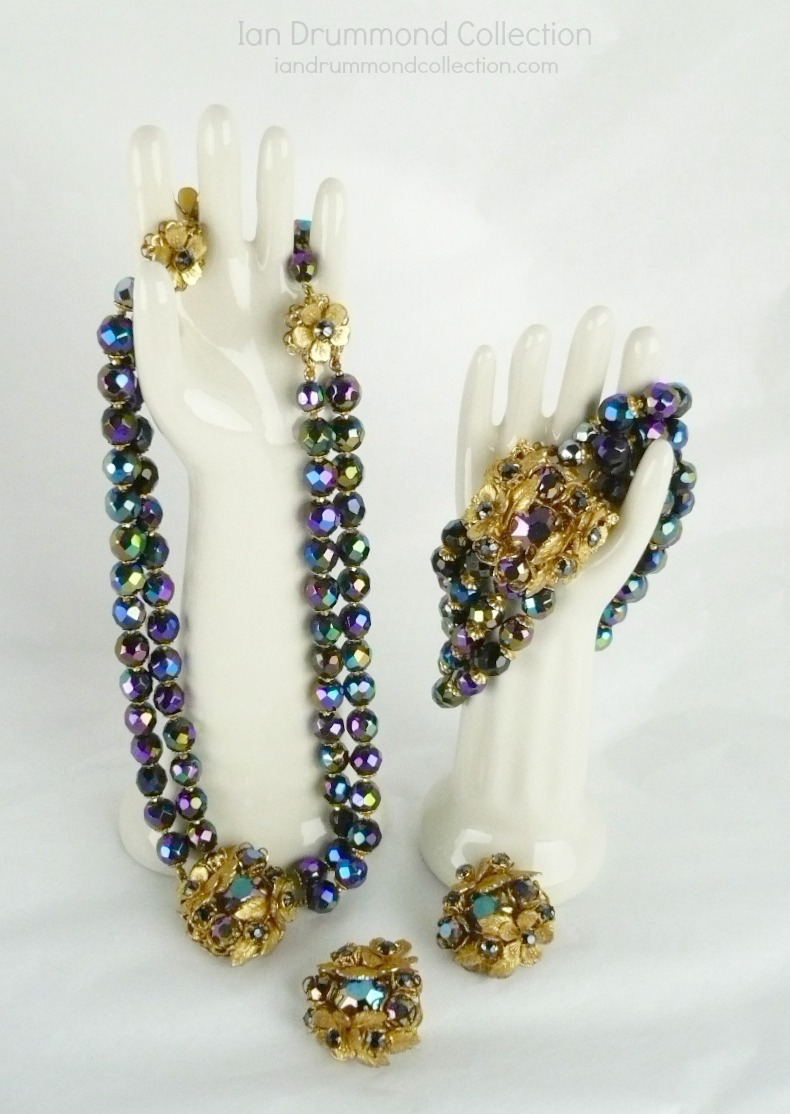 Ian Drummond Collection IDC Vintage Toronto Movie TV Wardrobe Rental jewellery 3 pc set DeMario 2.1