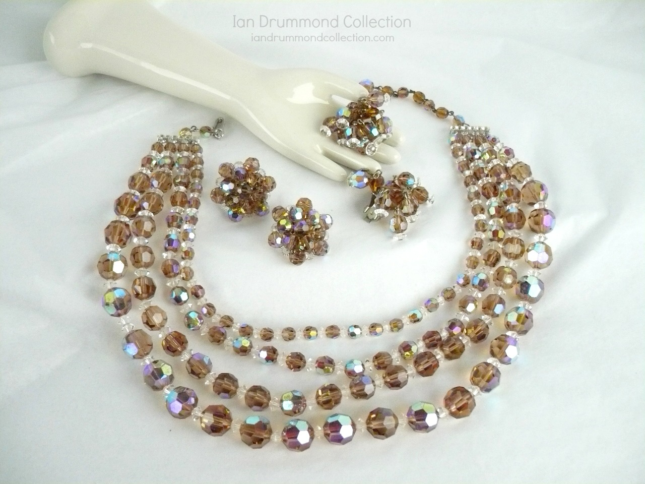 Ian Drummond Collection IDC Vintage Toronto Movie TV Wardrobe Rental jewellery 3 pc set Unsigned 5