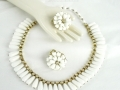 Ian Drummond Collection IDC Vintage Toronto Movie TV Wardrobe Rental jewellery 2 pc set Hobe 5