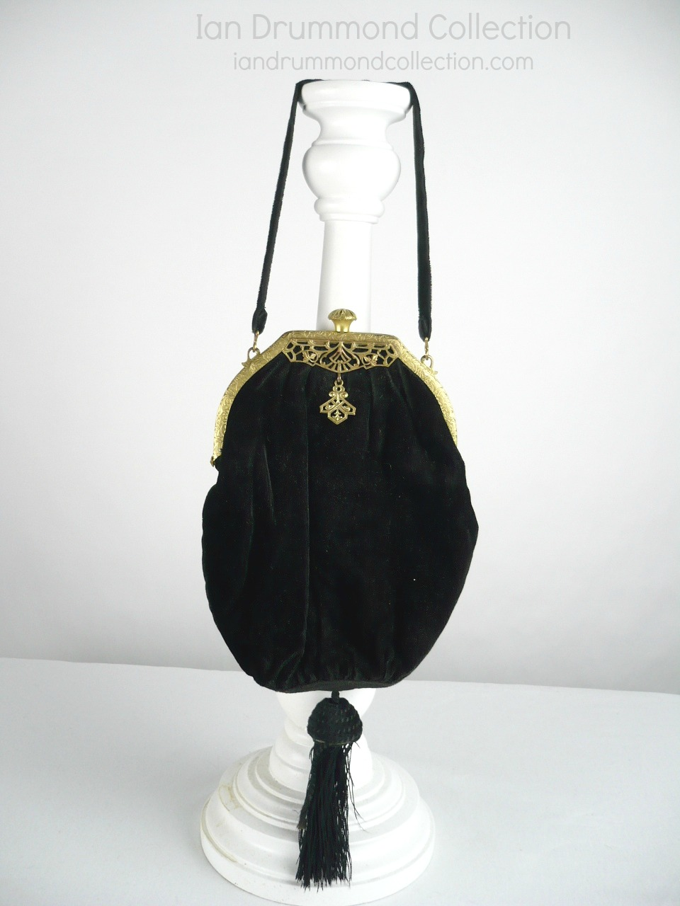 Ian Drummond Collection TV Movie Vintage Clothing Wardrobe Rental Toronto 1920s purse 3 (1)